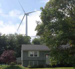 """Independence"" turbine looms over residential Kingston neighborhood."
